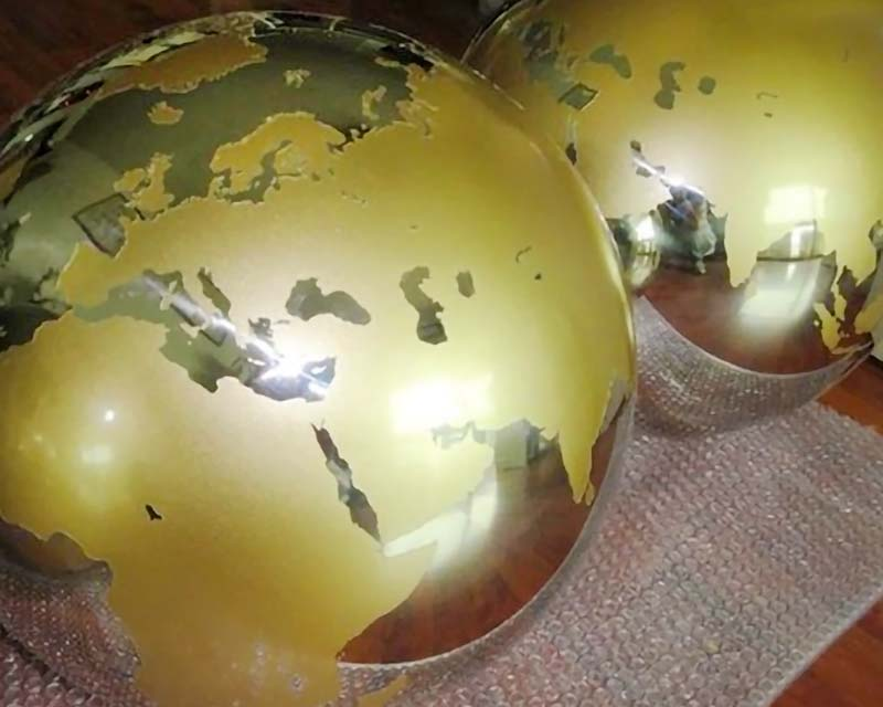 Hollow Metal Steel Balls w/ Sandblasted Continents in Gold